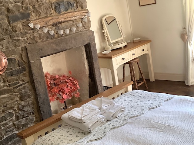 Double bedroom area at Innkeepers Cottage