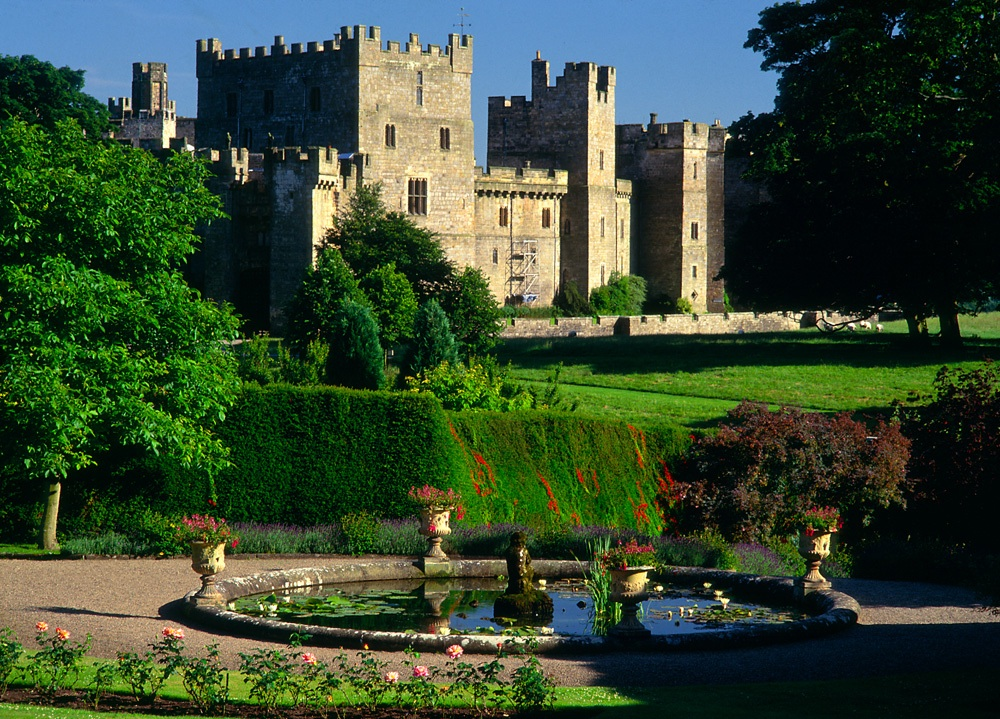 Raby Castle, Staindrop, Co. Durham (© graeme-peacock.com)